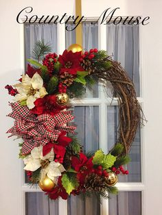 Grapevine. Christmas wreath Grapevine Christmas, Christmas Wreaths, Grape Vines, Crafting, Country, Holiday Decor, Home Decor, Wreaths, Christmas Garlands