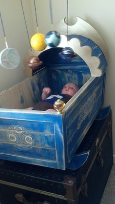 The Doctor's cot replica made for Andred Gallafraigh. (submitted to WhoCrafts by Kathleen Gallafraigh)