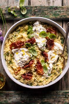 20 Minute Orzo Carbonara with Crispy Prosciutto and Burrata. - Half Baked Harvest - - The simplest weeknight style Carbonara.a great way to use a mix of pantry and fridge staples! Pasta Recipes, Dinner Recipes, Cooking Recipes, Healthy Recipes, Vegetarian Recipes, Chickpea Recipes, Lentil Recipes, Tofu Recipes, Oven Recipes
