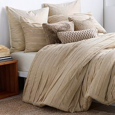 DKNY Loft Stripe Full/Queen Duvet Cover in Linen
