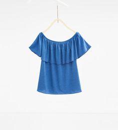 Imagen 1 de Camiseta detalle volante de Zara