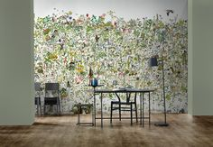In The Garden Wallpaper by Anna Surie – NLXL