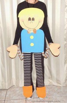 Esta sugestão é para várias oportunidades, afinal uma marionete gigante pode ser feita e usada para várias situações. Que tal...