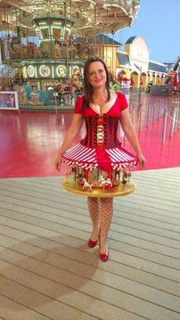 How to Make a Carousel Costume : 11 Steps (with Pictures) - Instructables Circus Themed Costumes, Vintage Circus Costume, Carnival Costumes, Carnival Ideas, Carnival Parties, Halloween Carnival, Halloween Kostüm, Diy Halloween Costumes, Costume Ideas