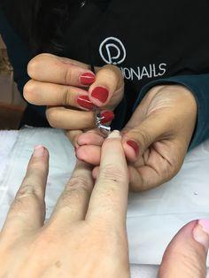 MODA EN PROVINCIAS: Uñas esmaltadas y protegidas con Pronails