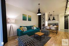 """Mieszkanie 64 m2 z """"loftowym"""" akcentem. - Średni salon z kuchnią z jadalnią, styl nowoczesny - zdjęcie od 4ma projekt"""