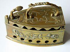 Attractive Vintage Brass Iron Shaped Storage Jewellery Trinket Box Ornament Trinket Boxes, Vintage Items, Iron, Brass, Shapes, Jewellery, Ornaments, Storage, Ebay