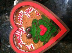 A valentine cookie cake <3