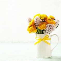 Image Details: Isignstock Contributors Stock photo of Beautiful spring flowers in vase. Spring Flowers, Vase, Stock Photos, Table Decorations, Detail, Beautiful, Vases, Dinner Table Decorations, Spring Colors