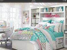 Teen Victoria bedroom