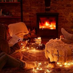 The best cozy, hygge-inspired home decor items Cozy Aesthetic, Autumn Aesthetic, Autumn Cozy, Cozy Winter, Paint And Sip, Cozy Fireplace, Cozy Christmas, Cozy Bed, Luxurious Bedrooms