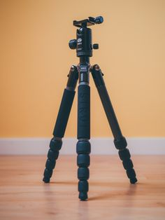 "Sirui T-025X 52"" Carbon Fiber Tripod with C-10X Ball Head & Case"