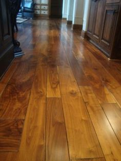 4', 5', and 7' Wide Plank Walnut Floors [Balsam Wide Plan]