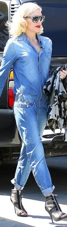 d07c0b57e22 Gwen Stefan,blue denim jumpsuit Stella Mccartney Shoes, Street Style, Gwen  Stefani Style