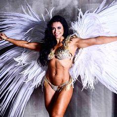 Fama e Sucesso Carol Porcelli e Jaque Khury fazem ensaio para divulgar concurso Fitness - Fama e Sucesso