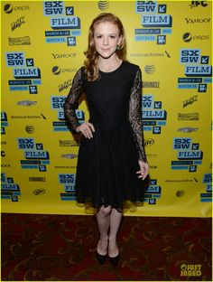 Ashley Bell : 'The Bounceback' Photo Op at SXSW!
