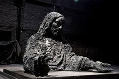 ash Jesus from Zhang Huan Sculptures, Lion Sculpture, Jasper Johns, East Village, Sacred Art, Land Art, Shanghai, New Art, Art Pieces