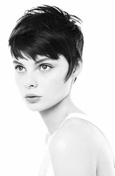 Short Pixie Hairstyles for Fine Hair - Hairstyle Archives Short Hairstyles 2015, Short Hairstyles For Thick Hair, Short Hair Cuts For Women, Pixie Hairstyles, Hairstyles With Bangs, Cool Hairstyles, Short Hair Styles, Pixie Haircuts, Funky Haircuts