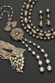 Anyone who admires beautiful things can't possibly resist these luxuriously elegant Miriam Haskell pieces…