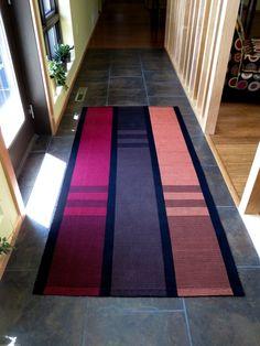 Warp rep rug, x Inkle Weaving, Weaving Art, Weaving Patterns, Hand Weaving, Weaving Projects, Tear, Furniture Upholstery, Weaving Techniques, Chair Pads