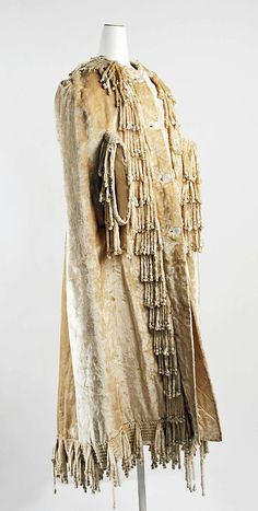 Cape, Evening  Date: late 1880s Culture: American (probably) Fashion Gal, Edwardian Clothing, Costume Institute, Wearable Art, Cape, Vintage Fashion, Costumes, Clothes For Women, How To Wear