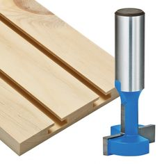 Woodworking Jigs Rockler T-Slatwall Cutter Router Bit - Dia x H x Shank - Specifically designed to quickly create the slots for a slatwall storage system. Woodworking Software, Rockler Woodworking, Woodworking Workshop, Fine Woodworking, Woodworking Crafts, Woodworking Classes, Woodworking Furniture, Woodworking Magazine, Furniture Plans