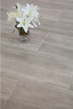A beautiful and luxurious tile that looks great in ANY home. |  Athens Silver Cream - Beautiful Light Grey Vein Cut Marble/Limestone