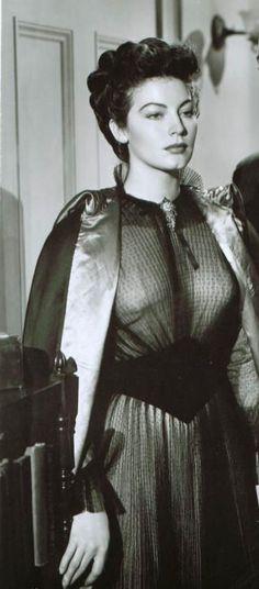 Ava Gardner ✾ My Forbidden Past Hollywood Stars, Hollywood Icons, Golden Age Of Hollywood, Hollywood Actresses, Actors & Actresses, Vintage Hollywood, Old Hollywood Glamour, Classic Hollywood, Ava Gardner