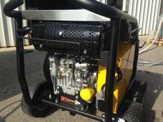 Bombardier 42 Diesel  Underwater cavitation cleaning machine, driven by a powerful and reliable Kohler Lombardini 22 Hp diesel engine