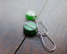 Emerald green earrings made of murano glass by kapelusznik, $17.90 #fashion #jewelry