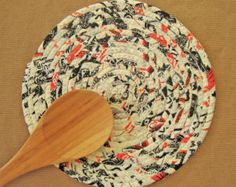 HALLOWEEN Coiled Fabric Trivet - Handmade Clothesline Trivet - Plant Coaster - Hot Pad - Mug Rug - Table Rug - Candle Mat