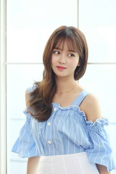 Kim So Hyun Makes Special Appearance Role in Goblin with Gong Yoo and Kim So Eun Japanese Beauty, Korean Beauty, Asian Beauty, Kim So Hyun Fashion, Kim Yoo Jung Fashion, Kim Sohyun, Cute Asian Girls, Korean Celebrities, Beautiful Asian Women