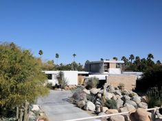 The Kaufmann House in Palm Springs, California.  Completed between 1946-1947. Richard Neutra-architect