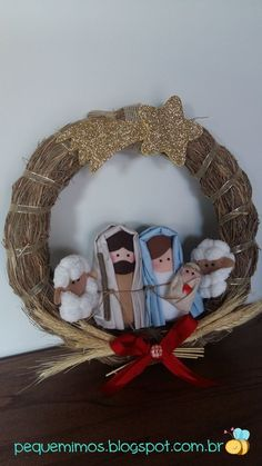 Christmas DIY: pequemimos: I wish . pequemimos: I wish . Nativity Ornaments, Christmas Nativity Scene, Nativity Crafts, A Christmas Story, Felt Christmas, Christmas Crafts, Christmas Decorations, Christmas Ornaments, Christmas Applique