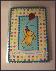Lisa's Cakes and Cupboards: Classic Winnie the Pooh Cake