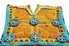 He encontrado este interesante anuncio de Etsy en https://www.etsy.com/es/listing/509428011/tribal-afgana-vintage-indio-medallones