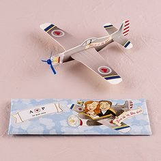 Mini Airplane Glider Favors 'Love is in the Air'