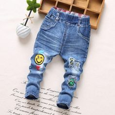 Babyinstar Kids Boys Jeans Trousers 2017 Cartoon wing Pattern Casual Spring Autumn Jeans for Kids Girl's Denim Pants Fall Jeans, Red Jeans, Denim Jeans Men, Blue Skinny Jeans, Boys Jeans, Baby Girl Jeans, Denim Jumpsuit, Trousers, Junior Fashion