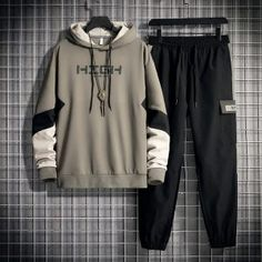 Japanese Fashion Men, Black Men Street Fashion, Boys Clothes Style, Cool Outfits, Fashion Outfits, Casual Wear For Men, Hoodie Brands, Swat, Mens Clothing Styles