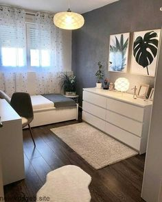45 Minimalist bedroom decoration ideas that are comfortable … – Bedroom Inspirations Room Ideas Bedroom, Small Room Bedroom, Cozy Bedroom, Bedroom Furniture, Small Bedroom Ideas For Teens, Master Bedroom, Small Bedroom Designs, Scandi Bedroom, Girls Bedroom