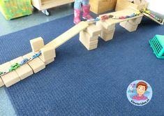 Bruggen bouwen met kleuters 2 , kleuteridee