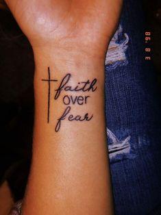 24 Meaningful Tattoo Quotes Ideas to Inspire - - 24 Meaningful Tattoo Quotes Ideas to Inspire Tattoos 24 sinnvolle Tattoo Zitate Ideen zu inspirieren Skull Tatto, Neck Tatto, Hamsa Tattoo, Bild Tattoos, New Tattoos, Faith Tattoos, No Fear Tattoo, Tatoos, Faith Tattoo On Wrist