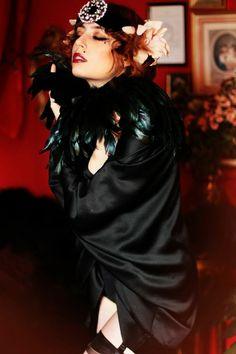 Louise Ebel Pandora. The Raven