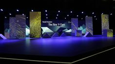 Mercedes V-class in Light & Mapping on Vimeo