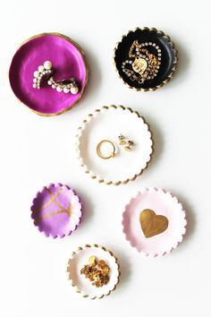 DIY jewelry dishes: http://www.stylemepretty.com/living/2015/03/09/20-creative-ways-to-organize-your-jewelry/