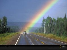 Somewhere Over the Rainbow Love Rainbow, Over The Rainbow, Rainbow Colours, Amor Universal, Rainbow Photography, Photography Photos, Amazing Photography, Nature Photography, Beautiful Places
