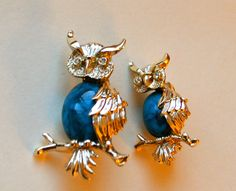 """OWL BROOCH Give a Hoot! Vintage Designer Mama Owl and Baby Owl Branch Set of Vintage Gold Brooch Pins Blue Jelly Belly Cabochons """"Gerry's"""" by StudioVintage on Etsy"""