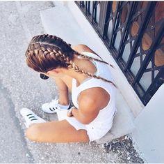 ◖ pin: hannahguthrieee ◗