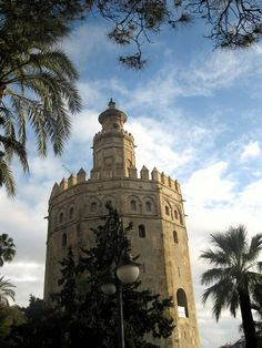 Torre del oro - Sevilla, Spain  ---  I love this city!!!!!   Can't wait to return.