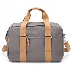 The Weekender is designed to be your faithful buddy in any situation. Whether you take it to the gym, on a weekend trip, to work, or on a flight. The main compartment contains a pocket for laptop and iPad®. It easily transforms into a backpack thanks to t Neoprene Laptop Sleeve, Laptop Sleeves, Weekender, Everyday Carry, A 17, Minimal Fashion, Laptop Bag, Messenger Bag, Satchel